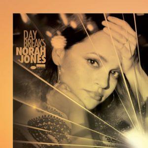IlGiradischi.com - Norah Jones Day Breaks (DeLuxe Edit.)